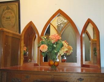 vanity  Tri-fold rose mirror