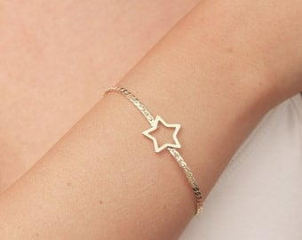 Gold Star Bracelet, Dainty Layered Bracelet, Friendship Bracelet, Gold Filled Bracelet, Bridesmaid Gift.