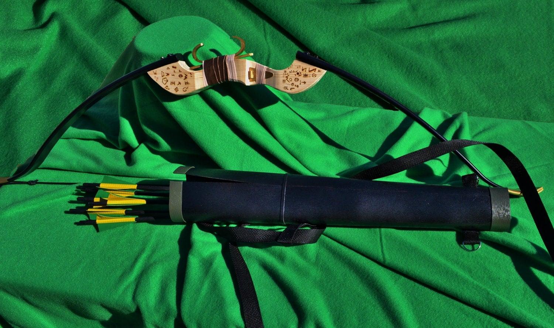 Green Arrow Season 1 Bow Quiver Arrow Set
