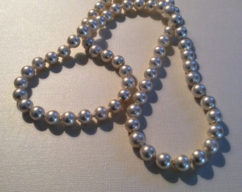 Fun faux pearls, adjustable, 1950s