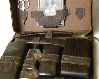 Mens Leather 1930's Travel Kit, 10 pieces, picture frame and more