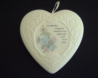 Heritage Heart Collection Ceramic Scented Wall Hanging 1995