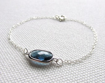 Blue Crystal Bracelet Royal Blue Glass Faceted Stone Dainty Jewelry Minimal