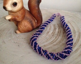 Blue purple beaded chocker