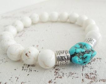 Turquoise and White Bracelet Beaded Semiprecious Gemstone Bracelet Howlite Stretch Bracelet Turquoise Nugget Bracelet Boho Bohemian Bracelet