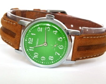 Grass Green Dial Vintage Watch Victory. Mechanical Mens Dress Watch 80s. Genuine Leather Strap Watch Classic Gent's Wrist Watch Gift For Him