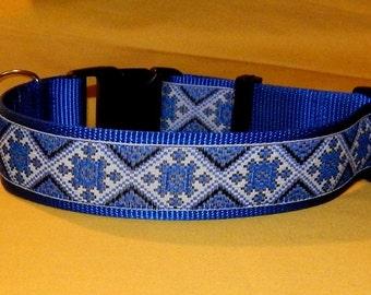 Blue Plaid collar