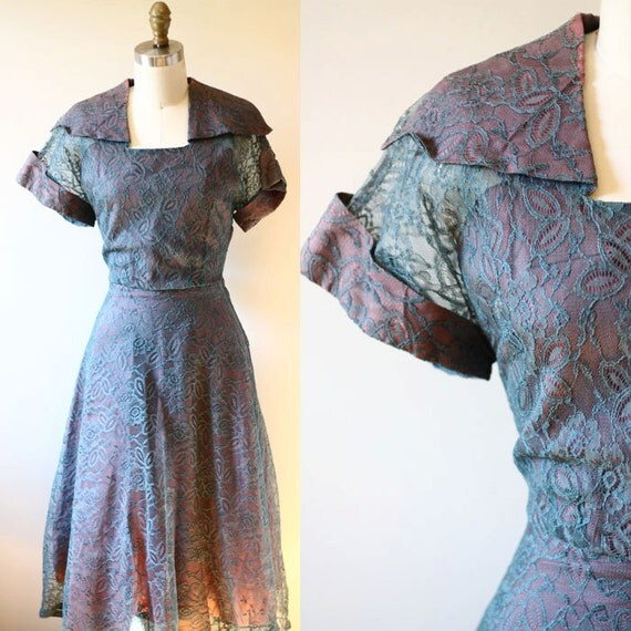 1950s irridescent lace dress // 1950s lace dress // vintage dress