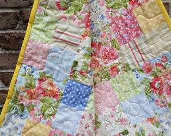 Mothers Day Gift, Home made Mother's Day Gift, Handmade Quilt, Nostalgic, Grandmother Gift, Gift for Mom,Quilt for Mom, Roses Flowers Summer
