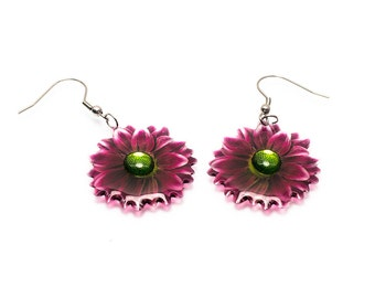 Chrysanthemum earrings. Comes in a gift box.