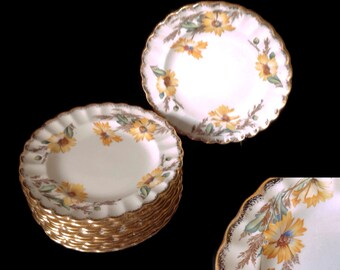 Vintage 1940's Limoges China Bread and Butter Plates Yellow Daisy Fluted 22K Gold Trim Set of 11 Spring Colors Beautiful Condition