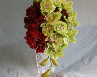 Wine and Green Biedermeier Teardrop Bouquet
