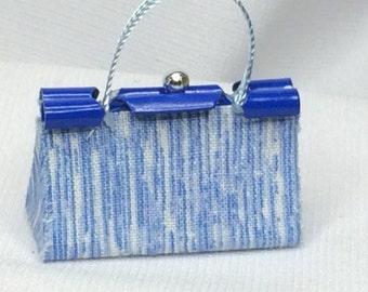 "Dollhouse Miniature 1"" Scale Purse in Blue & White Print"