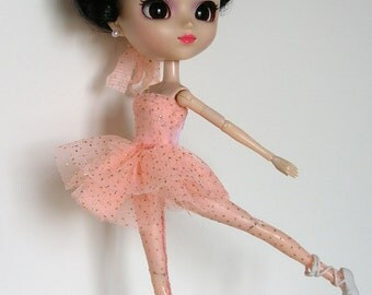 Dancer outfit for Pullip. A Art'co Creation