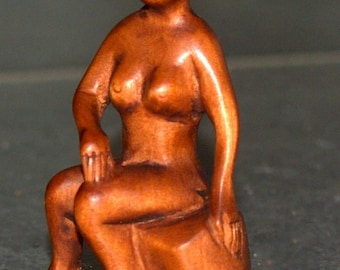 Netsuke Hand Carved Wood Nude Geisha Lady Sitting on a Rock Japan Signed