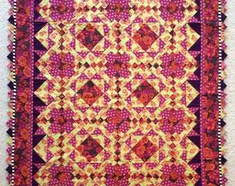 Flower quilt, Quilt art, quilted wall hanging, home decor, fabric art