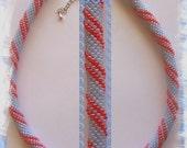 24 - Beaded Crochet Necklace - Kette - Perlenkette - Häkelkette