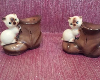 Siamese Cats with Boots Lego Japan Shakers