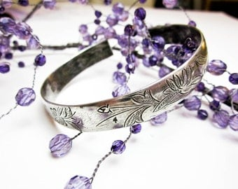 1890s Chinese Wedding Bracelet, 900 Silver, Floral Hand Engraved Cuff, Chinese Chop Marks, Hallmarked, Made for Chinese Market.