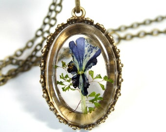Real Flower Necklace, Pressed Flower Necklace, Vintage Style Jewelry Gift For Women, Purple Flower Necklace, Antique Bronze, Resin Pendant