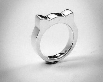 Handmade solid sterling silver cat ears ring.