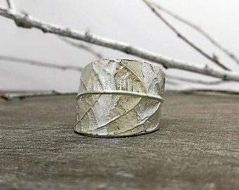 Leaf ring, Silver Leaf, Avocado, Plant, Botanical jewelry, Floral, Leaves, Nature, Rustic