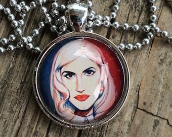 Gwen Stefani Glass-Domed Pendant Necklace