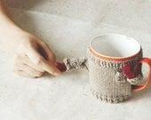 Mug Sweater, in Greyish Beige