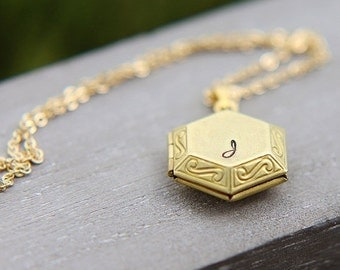 SALE Personalized Locket Necklace, Initial Locket Necklace, Gold Plated Brass Hexagon Locket Pendant, Personalized Jewelry, Bridesmaid neckl