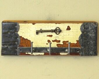 Key Holder Wall Hanging with Real Skeleton Key - Key Ring Rack, Key Organizer