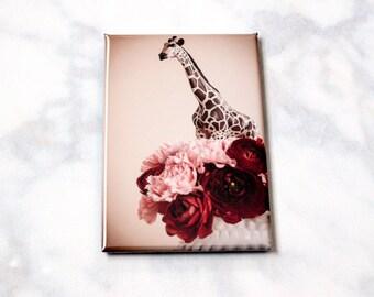 Giraffe Fridge Magnet • Giraffe Kitchen Decor • Miniature Animals • Giraffe Art • Gifts Under 5 • Circus Magnet • Stocking Stuffer