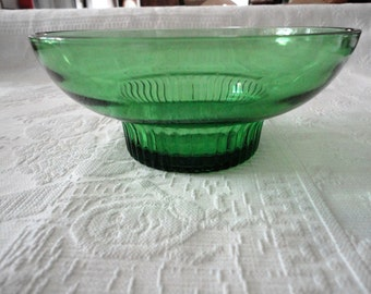 Green Glass Pedestal Ribbed Base Bowl Home Decor Candy Dish Vintage Serving Dish Nut Bowl
