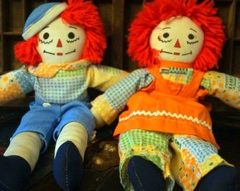 Vintage Raggedy Ann and Andy Doll Set