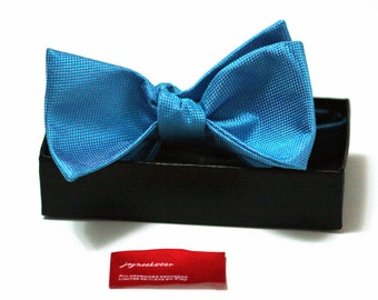 Silk SELF TIED Bow Tie in Malibu Blue