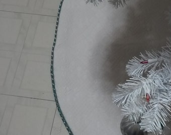 "Quilt Christmas Tree Skirt. 56"" with blue and cream trim"