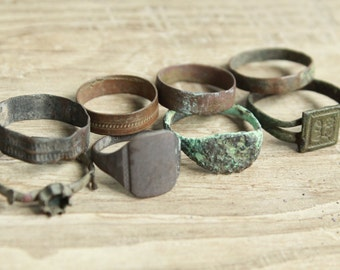 set of 8 Antique rings ... antique jewelry ... found objects ... vintage ring ... excavations finds ... diggind finds