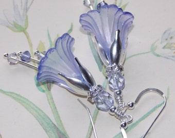 Lavender Flower Earrings, Bridal Earrings, Wedding Earrings, Drop Earrings, Lavender Lucite Flower Earrings, Wedding Jewellery, Handmade