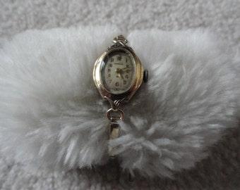 Swiss Made Imperial Wind Up Vintage Ladies Watch