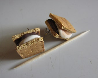 S'mores Post Earrings, Miniature S'mores Jewelry, Campfire Favorite, Mini Food Jewelry, Foodie Gift, Fake Food Jewelry, Gooey Treat