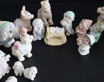 Vintage, 15 Piece Dreamcycle Nativity Set