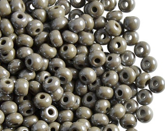 20gr 4/0 Preciosa Czech Glass Seed Beads Grey Opaque Luster (4SB005)