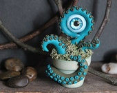 Plantacle Handmade Turquoise &Green Planted Tentacle with Eye in Flower Pot