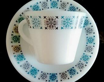 JAJ Pyrex Chelsea cup and saucer set, Pyrex Chelsea pattern, pyrex cups and saucers, vintage pyrex pattern, blue pyrex, pyrex tea cups