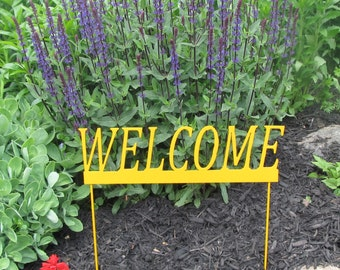 Beautiful Welcome Garden  Stake that will add color to any garden