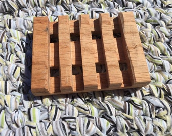 Red Oak Wooden Soap Dish