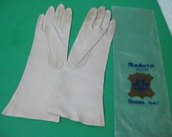 Vintage Italian Beige Kid Leather Mandova Gloves S/M