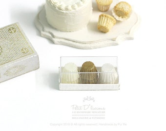 Set of 12 Cupcake Liners in a box-3 Mixed Colour-Light Yellow Metallic Gold White-  1:12 Dollhouse Miniature