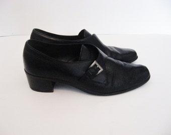 90s Black Leather Buckle Shoes - 10 women's shoes