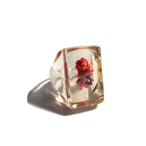 Vintage Lucite Ring 119