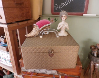 Vintage Sewing Box Basket Faux Quilting
